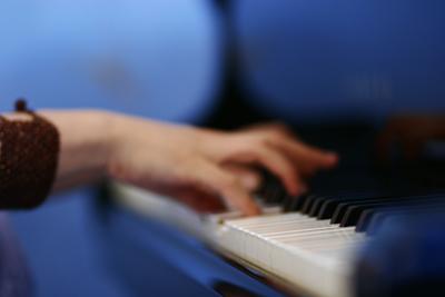 Gregponder_piano
